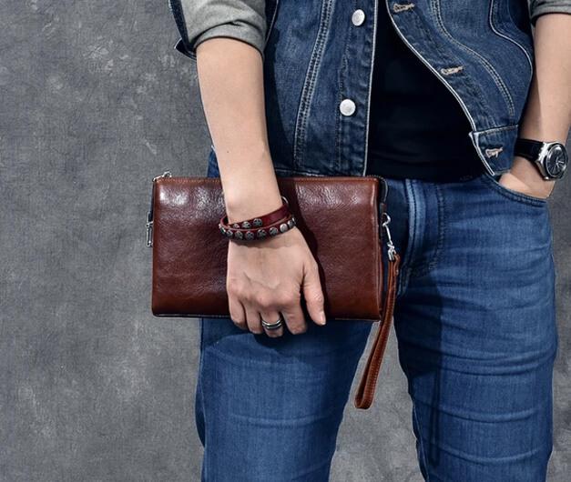 AZICO - Thương hiệu hàng đầu cung cấp ví da cầm tay nam chất lượng