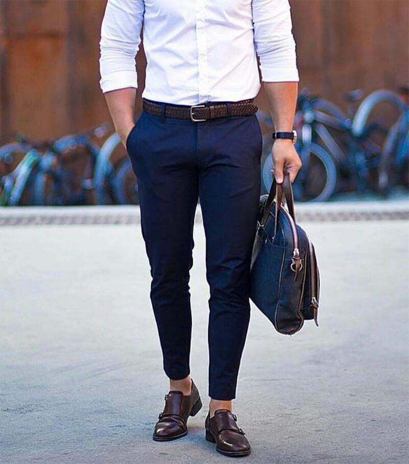 Sử dụng màu sắc dây thắt lưng không đồng nhất với giày