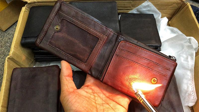 Nên cẩn trọng với tiểu xảo của những shop đốt ví da nam