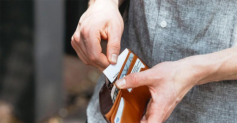 Thực trạng thị trường hình cung cấp ví da nam