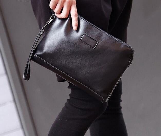 ví cầm tay nam toát lên vẻ đẹp sang trọng, lịch sự, nghiêm túc.