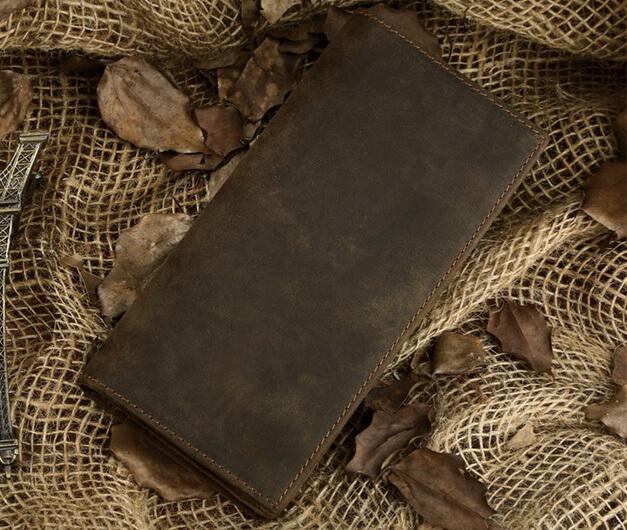 Lý do vì sao ví cầm tay nam da bò lại được nhiều người yêu thích?