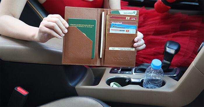 Ví đựng giấy tờ xe ô tô