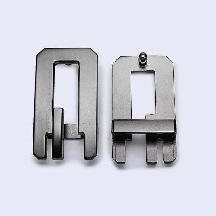 Mặt khóa dây thắt lưng C125: Trước & Sau