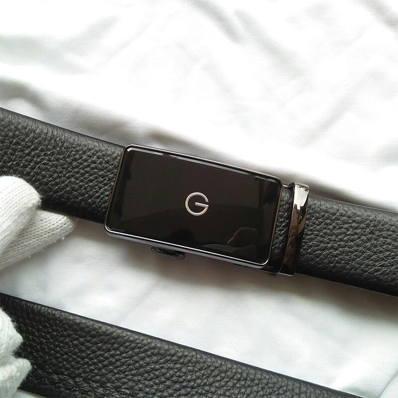 Dây lưng nam da bò đẹp mắt logo chữ G màu đen siêu sang C413