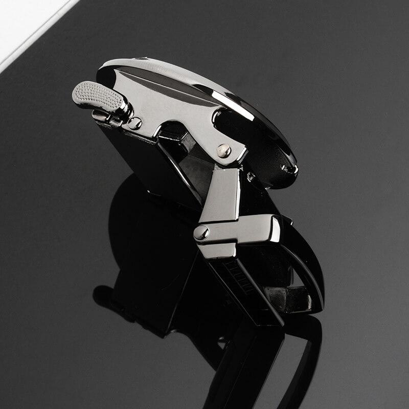 Mặt nghiêng của mặt khóa B270