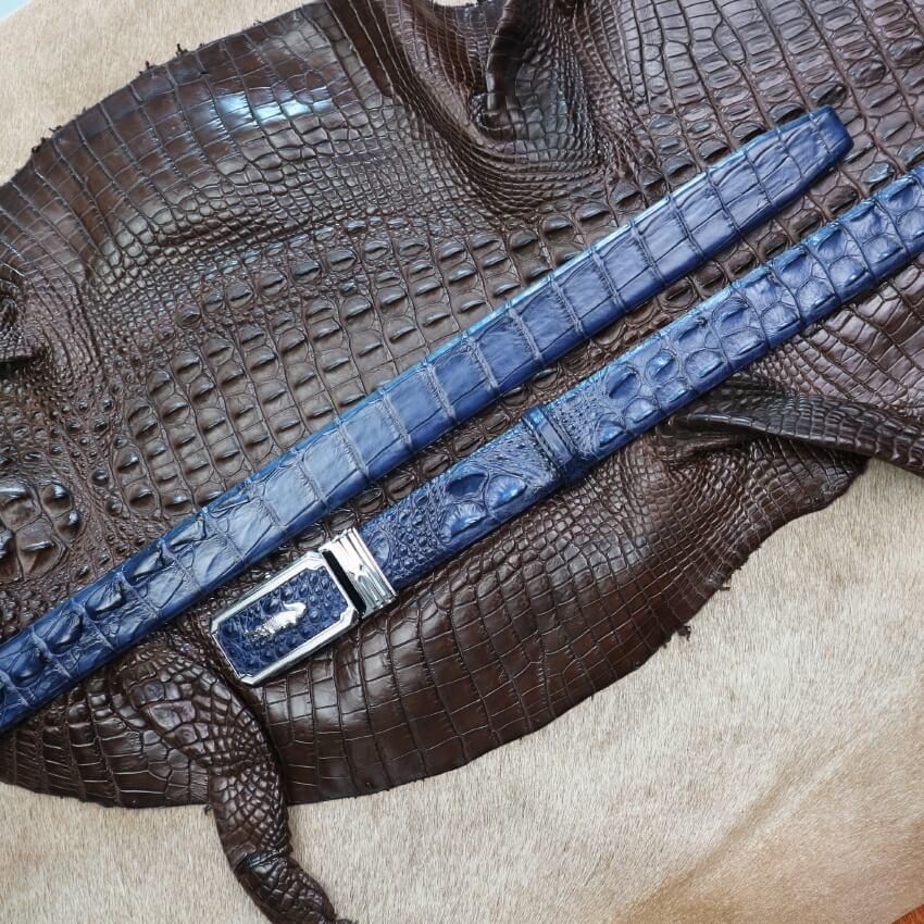 Thắt lưng da cá sấu màu xanh bản 3,5cm dây gai liền trẻ trung, sang trọng E650
