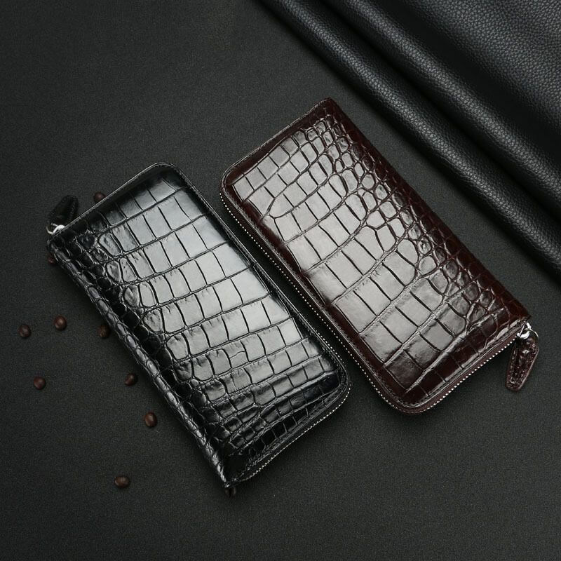 Vẻ đẹp hoàn hảo của mẫu ví cầm tay da cá sấu F100