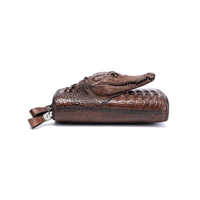 Mặt nằm của ví clutch cầm tay da cá sấu F350B