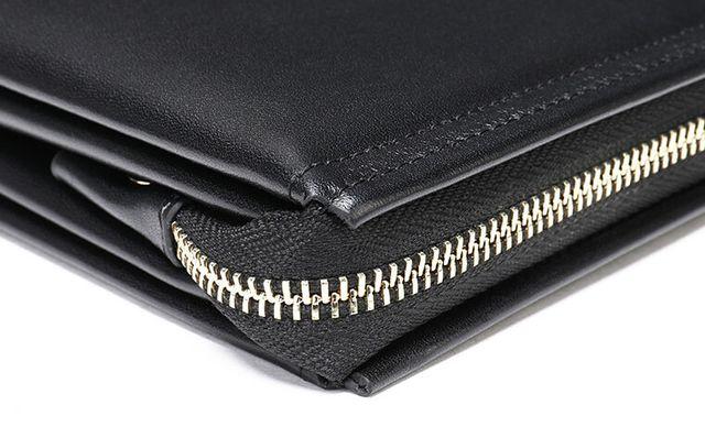 Những góc cạnh đẹp mắt của ví cầm tay nam D138
