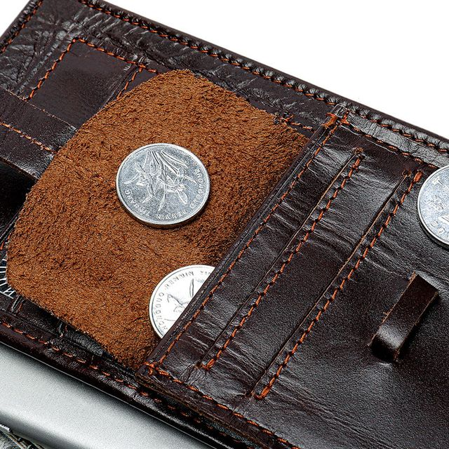 Đường chỉ may đẹp mắt và cuốn hút của ví cầm tay nam D177