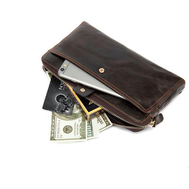 Mặt trong của mẫu ví cầm tay nam D309A