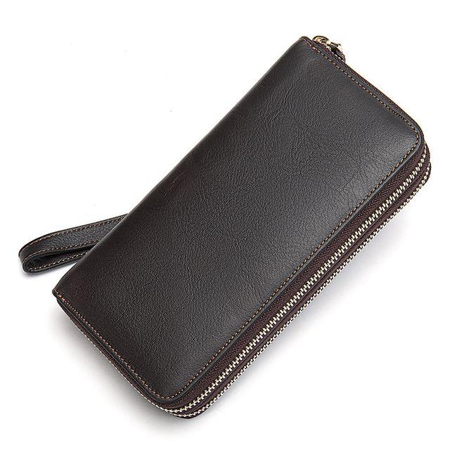 Kiểu dáng đẹp mắt của ví cầm tay D463