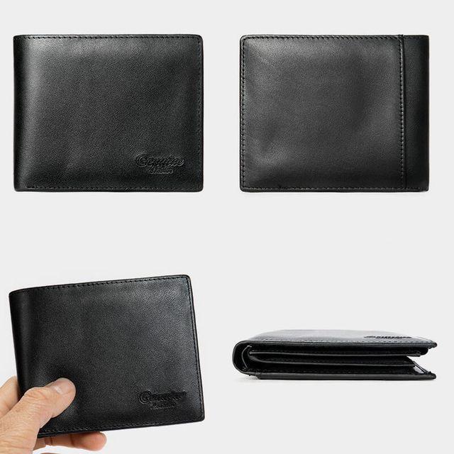Kiểu dáng của ví màu đen