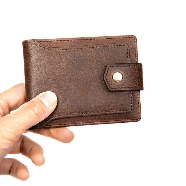 Khóa bấm an toàn của ví nam D355