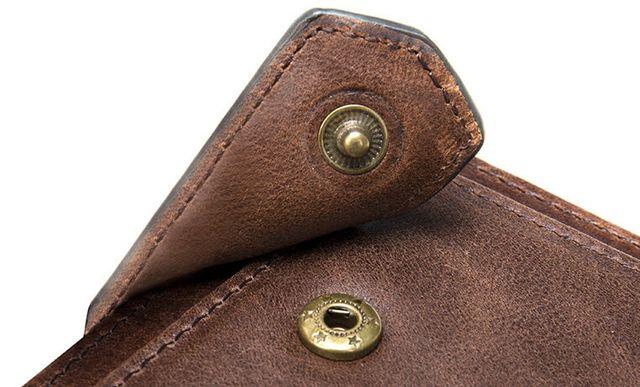 Khóa bấm đẹp mắt và bền bỉ của ví D355