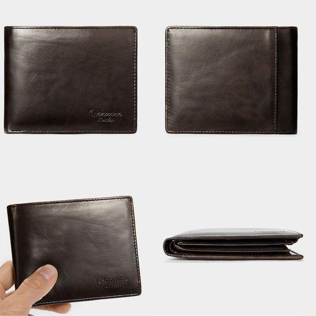 Kiểu dáng của ví màu nâu